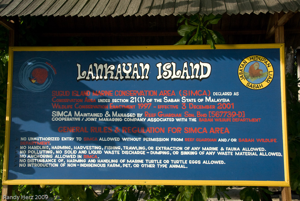 Lankayan Island is small enough to walk around in one-half hour.