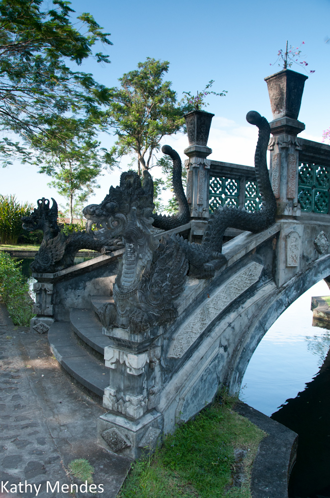 Bridge with Dragons Detail